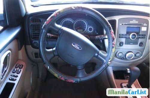 Ford Escape Automatic 2010