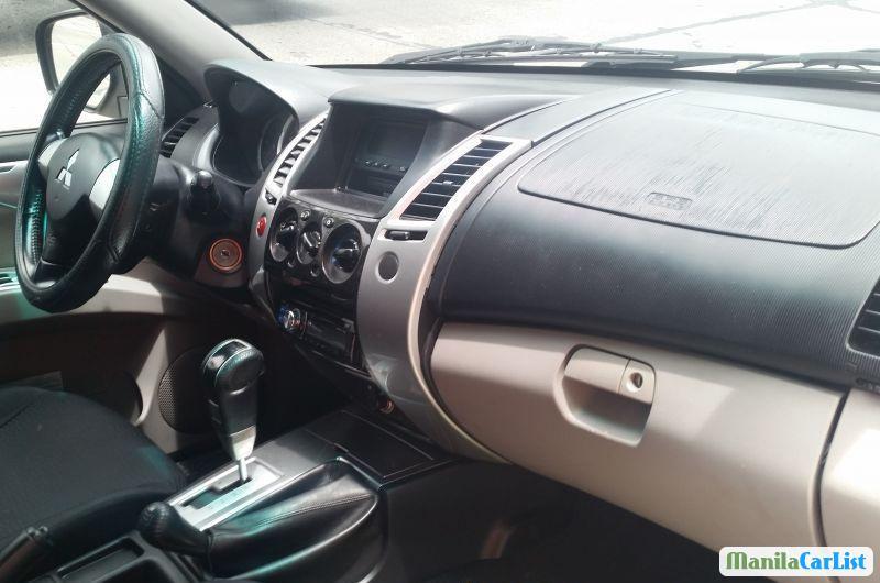 Mitsubishi Montero Sport Automatic 2009 in Metro Manila