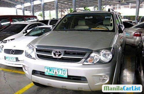 Pictures of Toyota Fortuner Automatic 2007