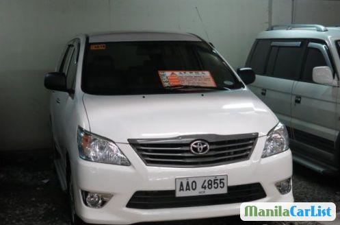 Pictures of Toyota Innova Automatic 2010