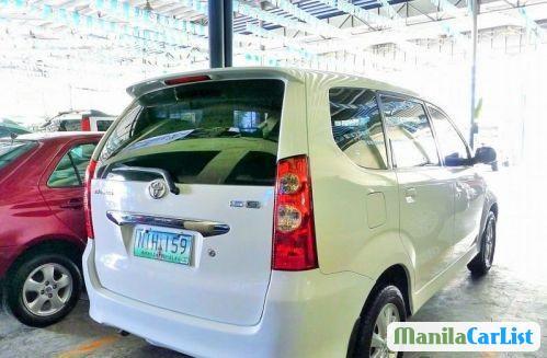 Toyota Avanza Automatic 2010 - image 12