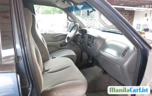 Ford Expedition Automatic 2000 - image 4