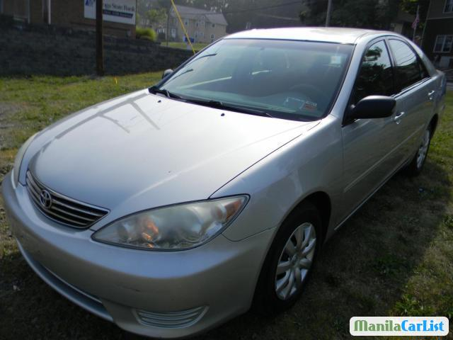 Pictures of Toyota Camry Automatic 2005