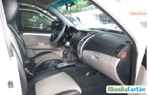 Mitsubishi Montero Sport Automatic 2011 - image 3