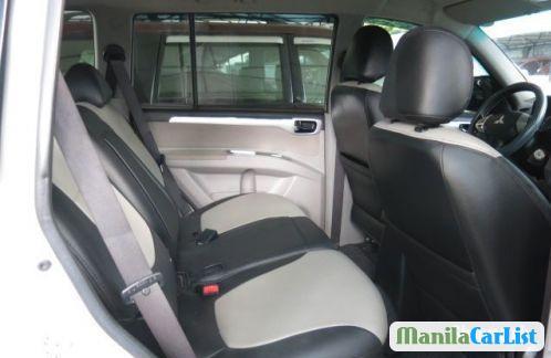 Mitsubishi Montero Sport Automatic 2011 - image 4