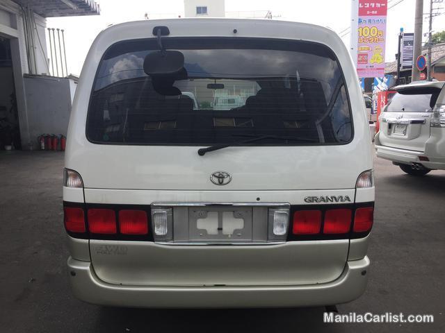 Picture of Toyota Granvia 1KZ Automatic 2000