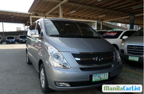 Pictures of Hyundai Starex Automatic 2012