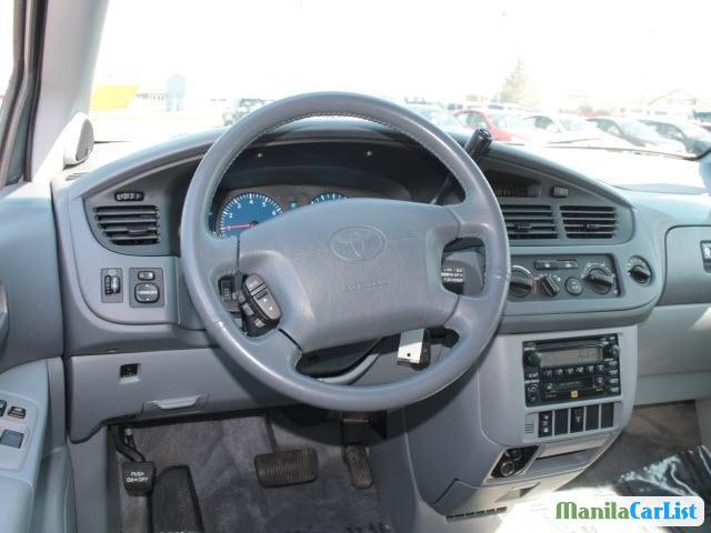 Toyota Sienna Automatic 2002