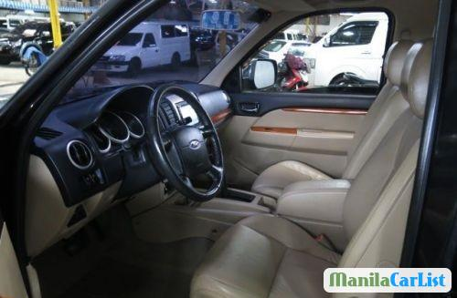 Ford Everest Automatic 2010 - image 3