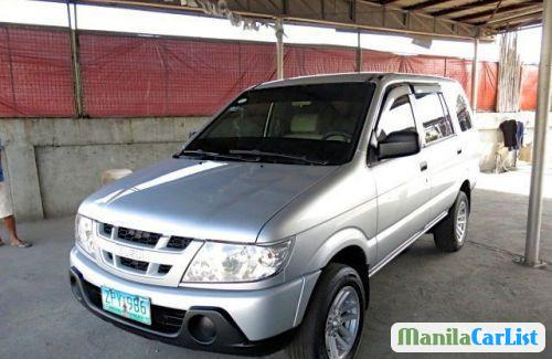 Picture of Isuzu Crosswind Manual 2010