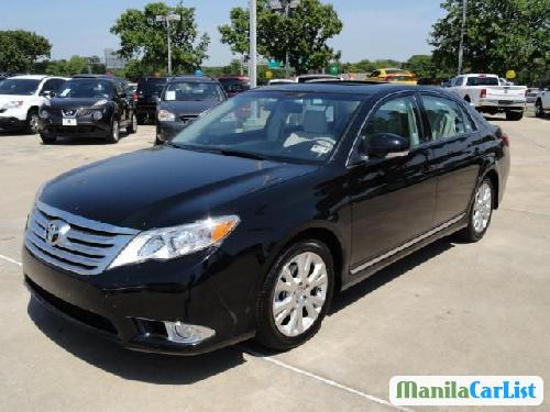 Picture of Toyota Avalon Automatic 2012