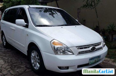 Pictures of Kia Carnival Automatic 2009