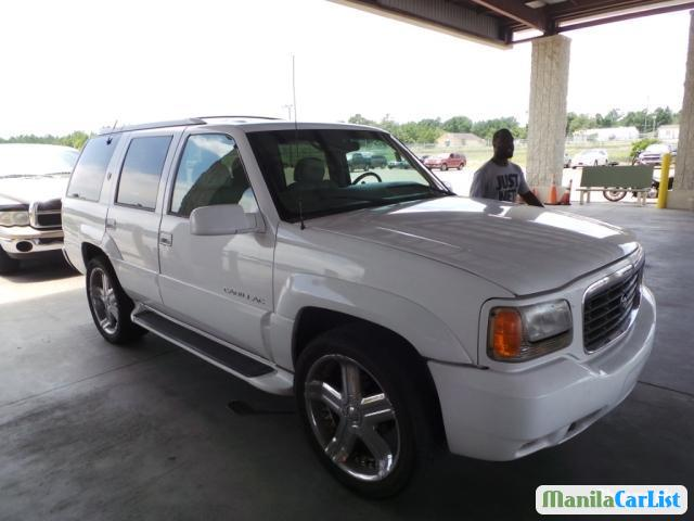 Pictures of Cadillac Escalade Automatic 2000