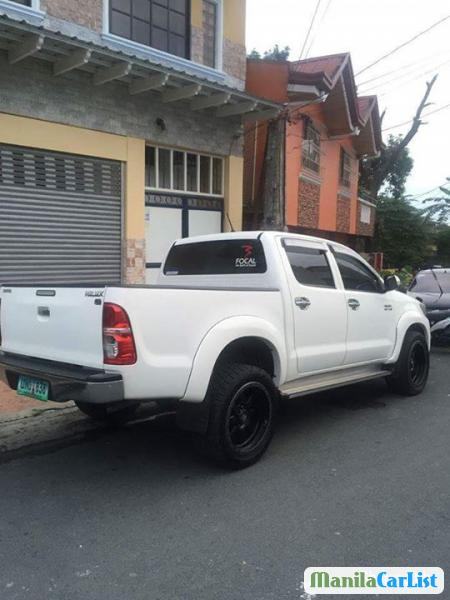 Toyota Hilux Automatic 2012
