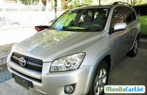 Pictures of Toyota RAV4 Automatic