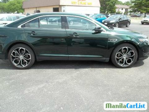 Picture of Ford Taurus Automatic 2013