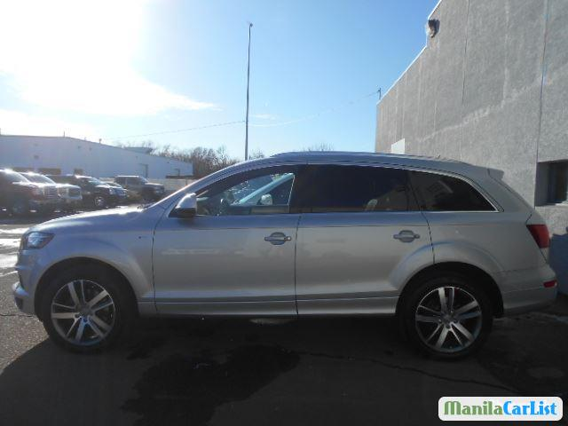 Pictures of Audi Q7 Automatic 2012