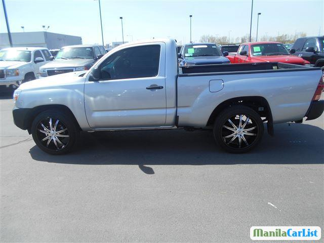 Pictures of Toyota Tacoma Automatic 2013