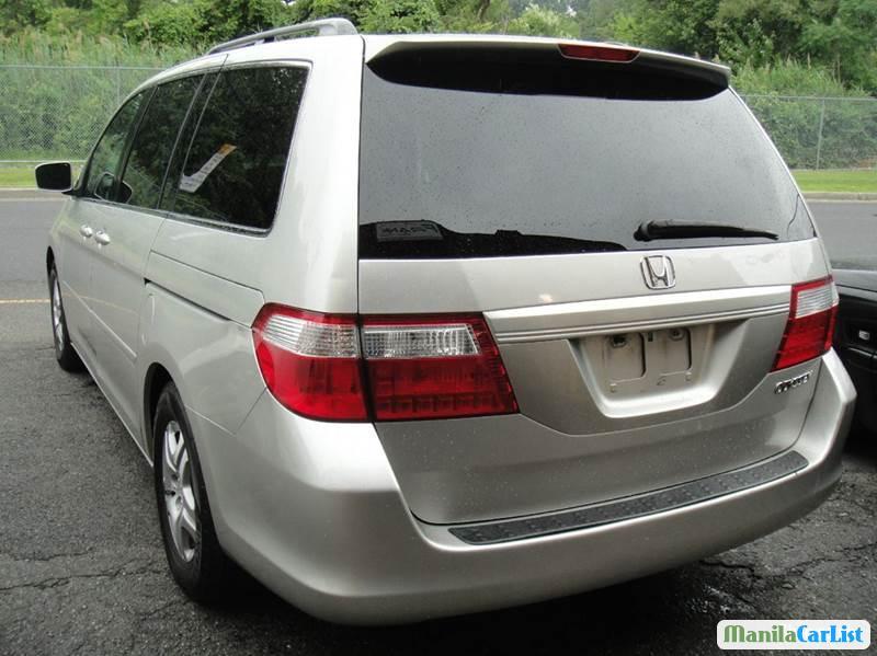 Honda Odyssey Automatic 2005 - image 3
