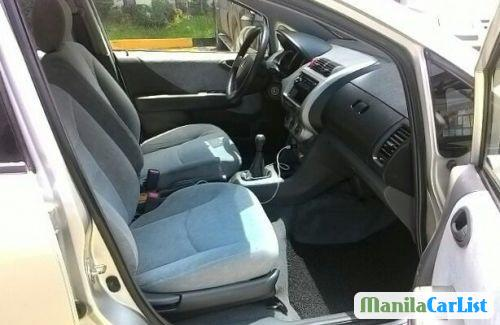 Honda City Manual 2006 - image 2