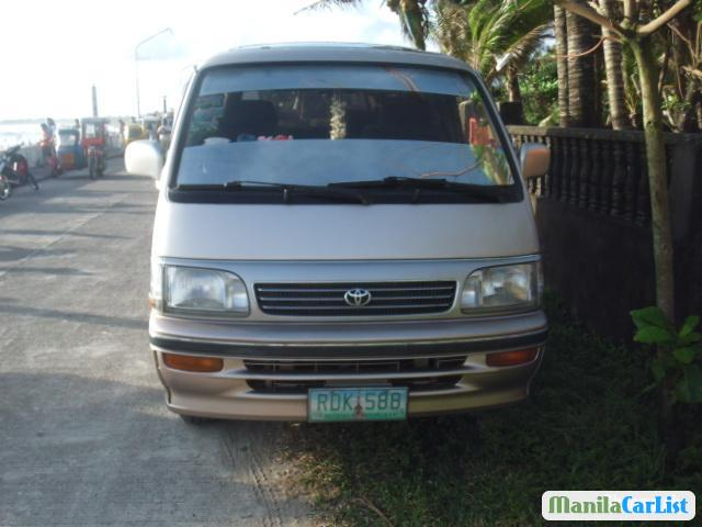 Picture of Toyota Hiace Automatic 2004