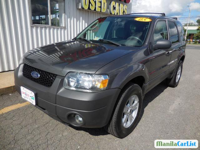 Pictures of Ford Escape Automatic 2006