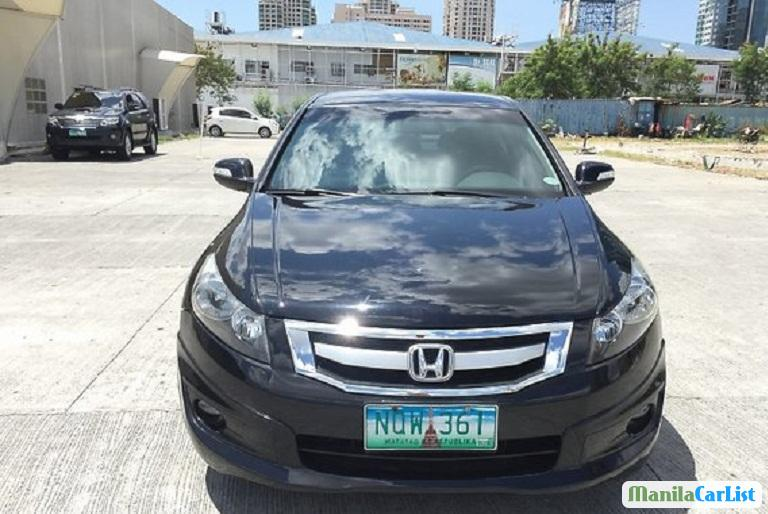 Pictures of Honda Accord Automatic 2015