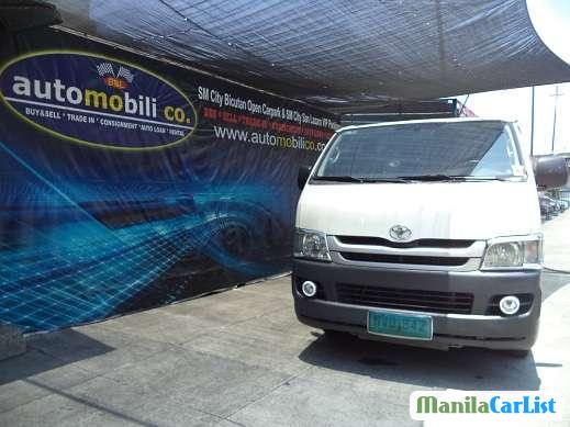 Picture of Toyota Hiace Manual 2010