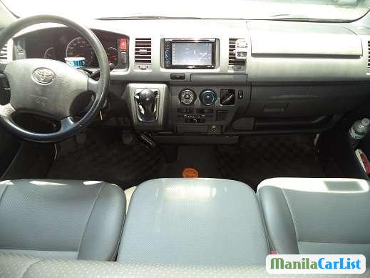 Toyota Hiace Manual 2010
