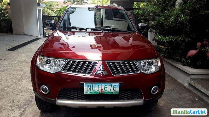 Mitsubishi Adventure Automatic 2011