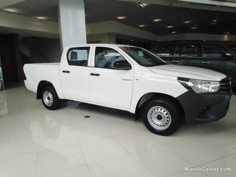 Toyota Hilux Base J Double Cab Manual 2019