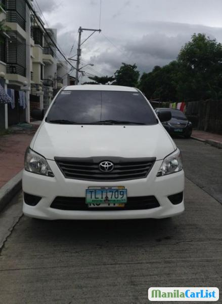 Pictures of Toyota Innova Manual 2012