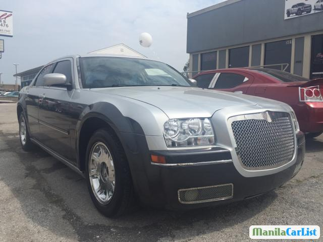 Pictures of Chrysler 300C Automatic 2005