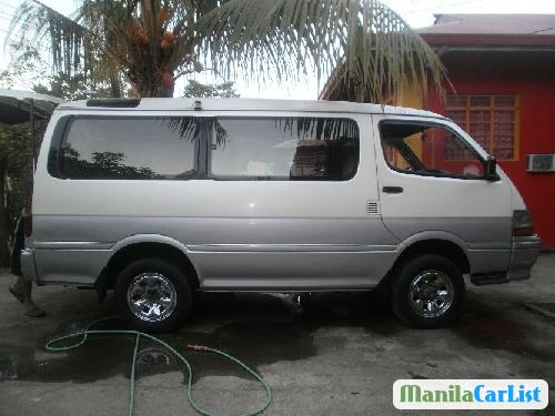 Picture of Toyota Hiace Automatic 2002