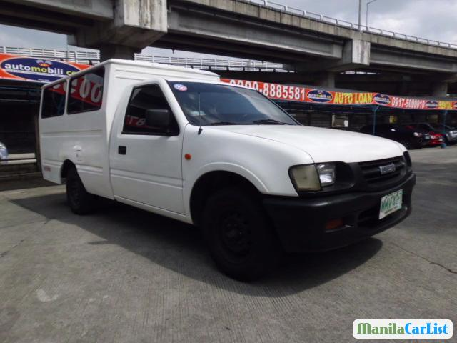 Picture of Isuzu Manual 2000
