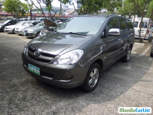 Picture of Toyota Innova Automatic 2005