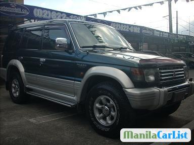 Picture of Mitsubishi Pajero Manual 1996