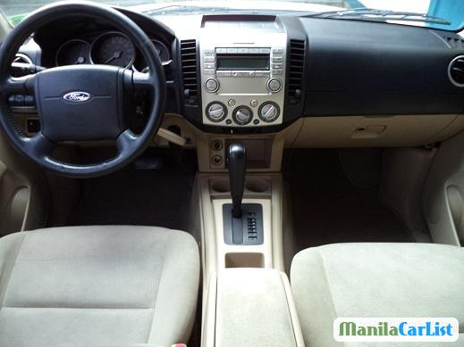 Pictures of Ford Everest Automatic 2007