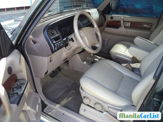 Pictures of Isuzu Trooper Automatic 2002