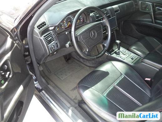 Picture of Mercedes Benz E-Class Automatic 1997