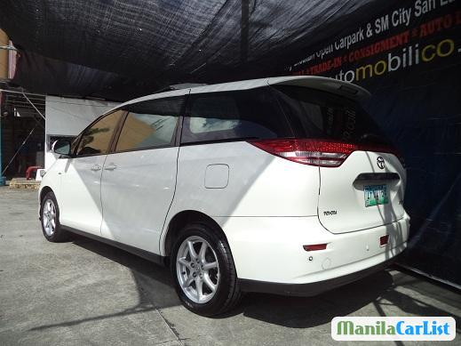 Picture of Toyota Previa Automatic 2007