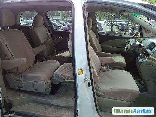 Picture of Toyota Previa Automatic 2006