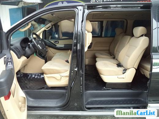 Picture of Hyundai Starex Manual 2011