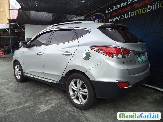 Pictures of Hyundai Tucson Manual 2010