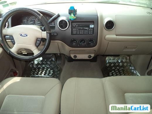 Picture of Ford Expedition Automatic 2004