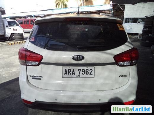 Pictures of Kia Carens Automatic 2015
