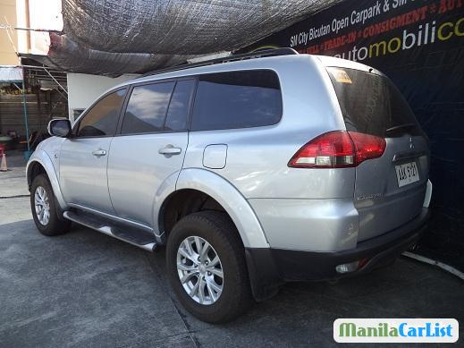 Picture of Mitsubishi Montero Sport Manual 2014