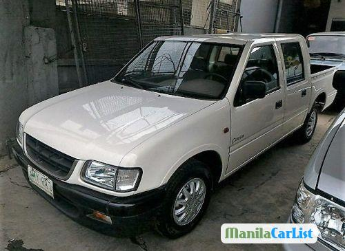 Pictures of Isuzu Manual 2004