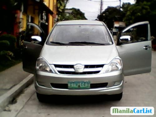 Toyota Innova 2005