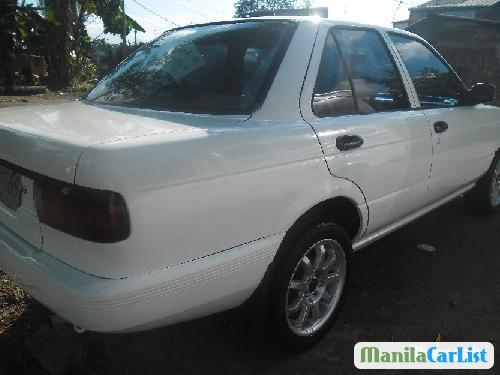 Nissan Sentra 1999 - image 2